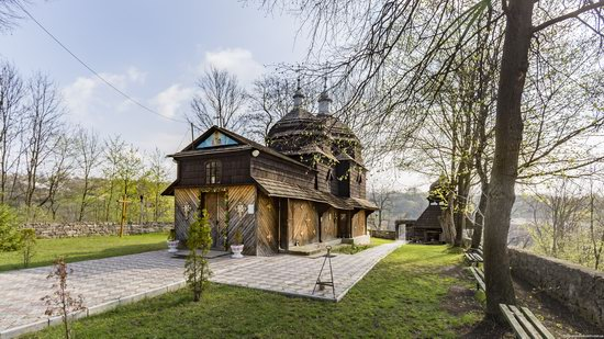 Wooden St. Nicholas Church, Sapohiv, Ukraine, photo 11