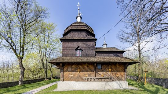 Wooden St. Nicholas Church, Sapohiv, Ukraine, photo 16