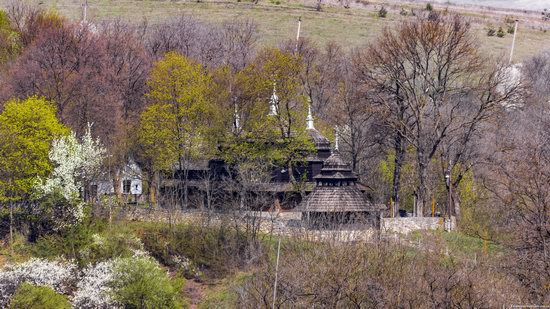 Wooden St. Nicholas Church, Sapohiv, Ukraine, photo 2