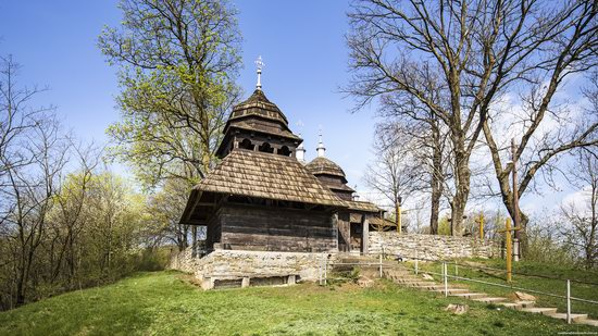 Wooden St. Nicholas Church, Sapohiv, Ukraine, photo 6