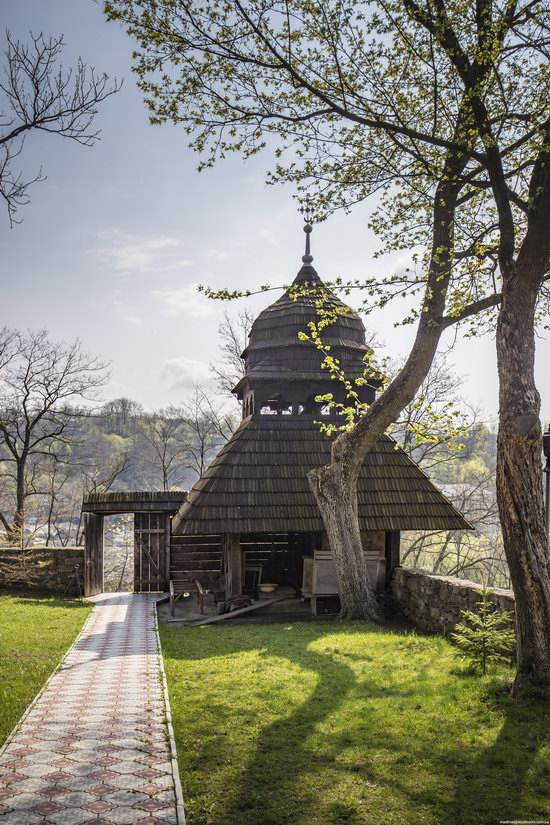 Wooden St. Nicholas Church, Sapohiv, Ukraine, photo 7