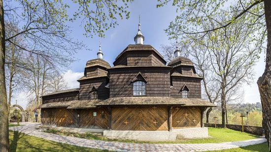 Wooden St. Nicholas Church, Sapohiv, Ukraine, photo 9