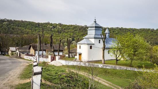 Defensive Church of St. George in Kasperivtsi, Ternopil region, Ukraine, photo 1