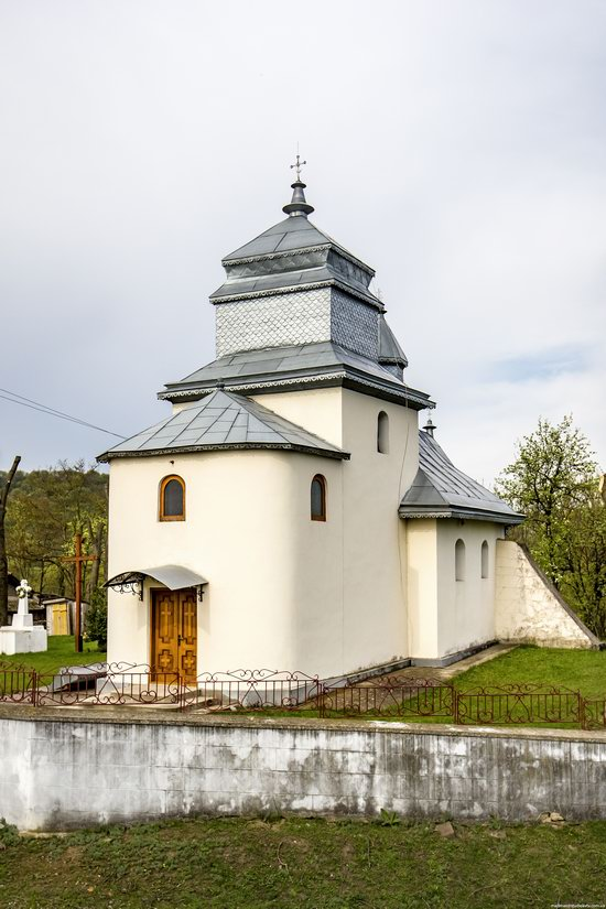 Defensive Church of St. George in Kasperivtsi, Ternopil region, Ukraine, photo 2