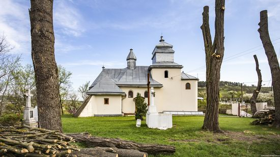 Defensive Church of St. George in Kasperivtsi, Ternopil region, Ukraine, photo 4