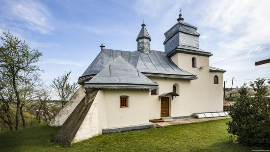 Defensive Church of St. George in Kasperivtsi, Ternopil region, Ukraine, photo 5