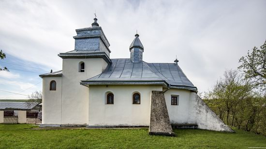 Defensive Church of St. George in Kasperivtsi, Ternopil region, Ukraine, photo 7