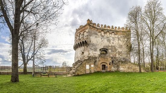 Castle in Ostroh, Rivne region, Ukraine, photo 12