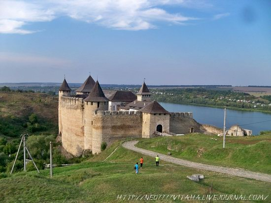 Khotyn Fortress in the Chernivtsi region, Ukraine, photo 2