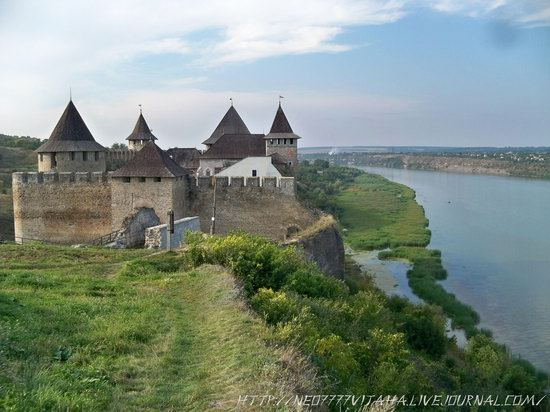 Khotyn Fortress in the Chernivtsi region, Ukraine, photo 3