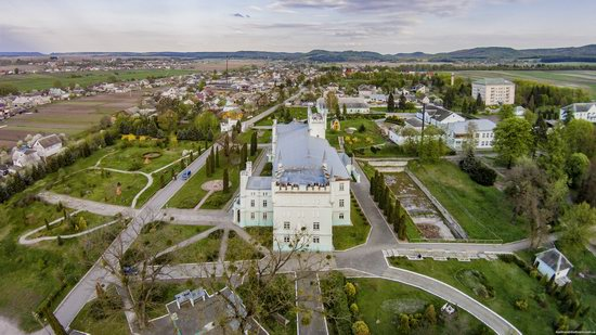 Neo-Gothic Castle in Bilokrynytsya, Ternopil region, Ukraine, photo 4