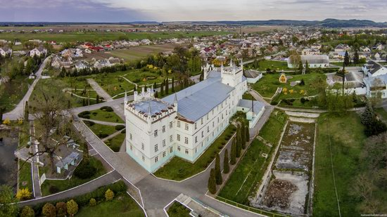 Neo-Gothic Castle in Bilokrynytsya, Ternopil region, Ukraine, photo 5
