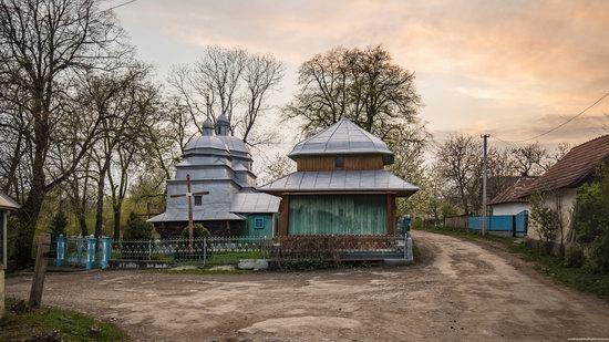 Church of St. John in Ivane-Puste, Ternopil region, Ukraine, photo 1