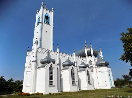 Unusual Orthodox church in Moshny, Cherkasy region, Ukraine, photo 1