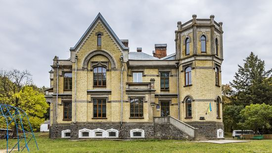 Chikhachev Palace in Mytky, Vinnytsia region, Ukraine, photo 1