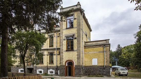 Chikhachev Palace in Mytky, Vinnytsia region, Ukraine, photo 10