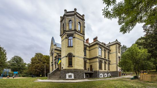 Chikhachev Palace in Mytky, Vinnytsia region, Ukraine, photo 3