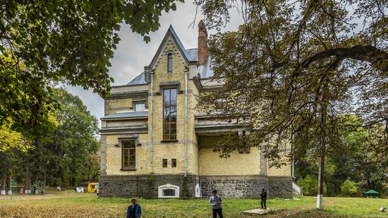 Chikhachev Palace in Mytky, Vinnytsia region, Ukraine, photo 5
