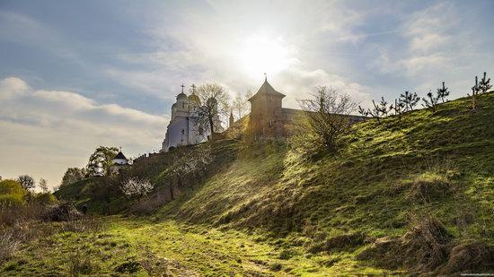 Uspenskyi Svyatohorskyi Convent in Zymne, Ukraine, photo 11