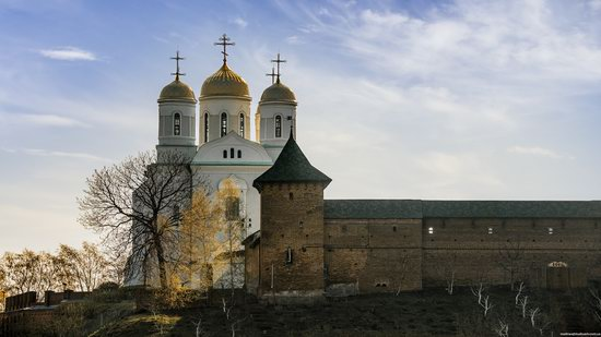 Uspenskyi Svyatohorskyi Convent in Zymne, Ukraine, photo 15