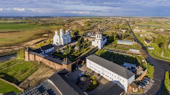 Uspenskyi Svyatohorskyi Convent in Zymne, Ukraine, photo 23