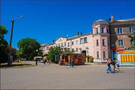 Early summer in Berdyansk, Ukraine, photo 2