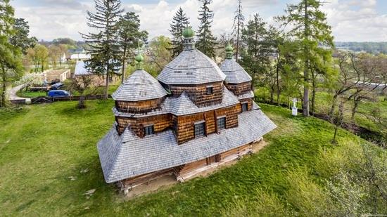 St. Michael Church in Komarno, Lviv region, Ukraine, photo 11