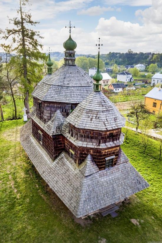 St. Michael Church in Komarno, Lviv region, Ukraine, photo 3