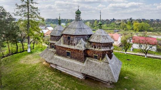 St. Michael Church in Komarno, Lviv region, Ukraine, photo 4