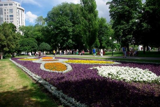 Summer in the center of Kharkiv, Ukraine, photo 18