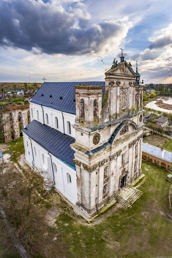 Castle and Roman-Catholic Church in Olyka, Volyn region, Ukraine, photo 18