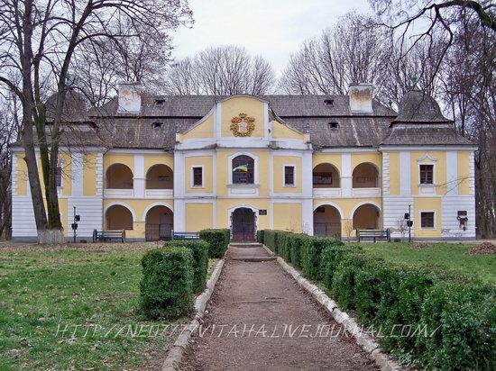 Vynohradiv town, Zakarpattia region, Ukraine, photo 6