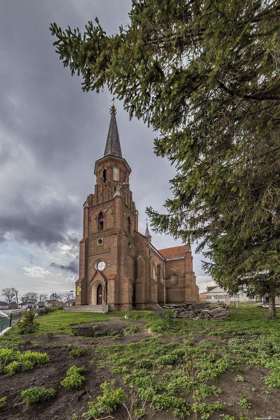 Catholic Church in Stoyaniv, Lviv region, Ukraine, photo 14