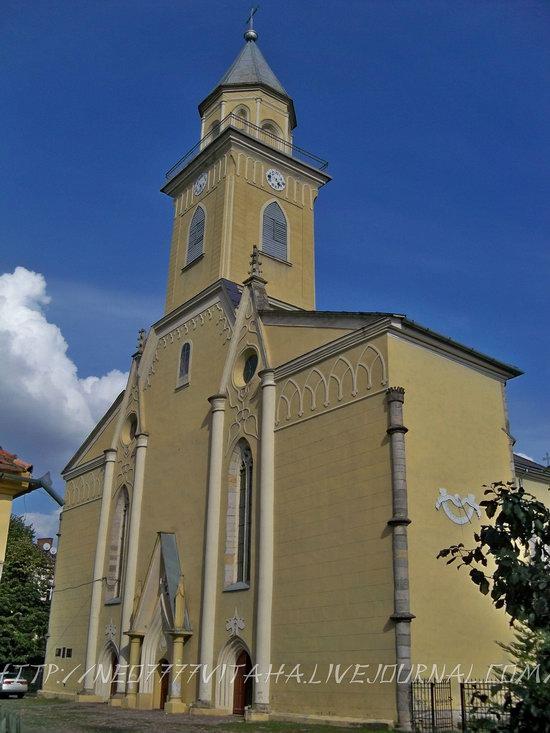 Berehove - the center of Hungarian culture in the Zakarpattia region, Ukraine, photo 3