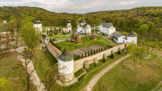 Greek Catholic Monastery in Krekhiv, Lviv region, Ukraine, photo 3
