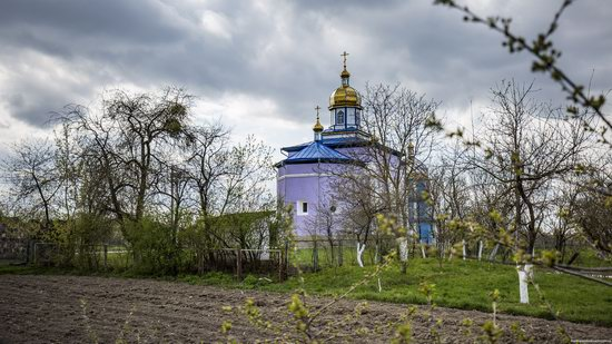 Holy Trinity Church in Trostyanets, Volyn region, Ukraine, photo 6