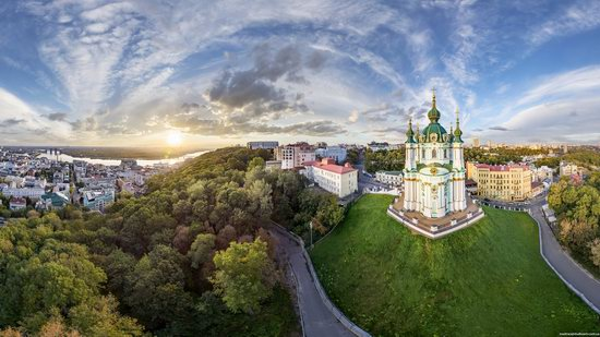St. Andrew's Church in Kyiv, Ukraine - the view from above, photo 1
