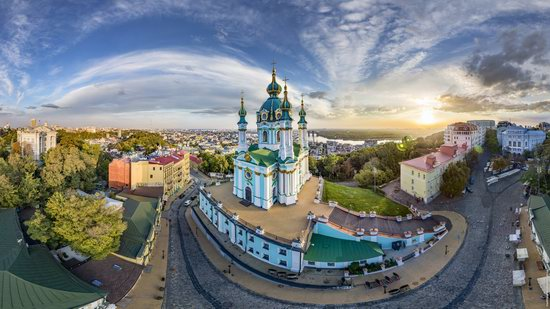 St. Andrew's Church in Kyiv, Ukraine - the view from above, photo 3