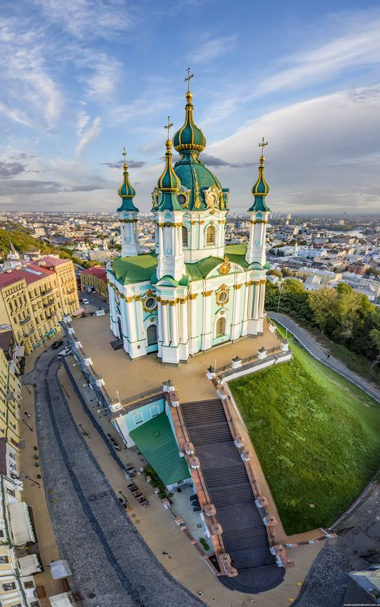 St. Andrew's Church in Kyiv, Ukraine - the view from above, photo 5