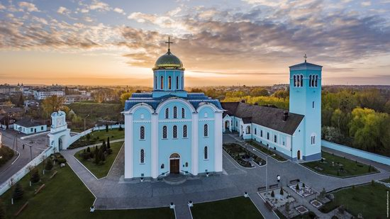 Assumption Cathedral in Volodymyr-Volynskyi, Ukraine, photo 1