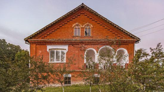 Palace of Kolonn-Chesnovsky in Bozhykivtsi, Ukraine, photo 11
