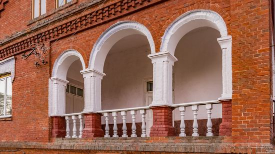 Palace of Kolonn-Chesnovsky in Bozhykivtsi, Ukraine, photo 12
