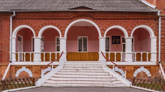 Palace of Kolonn-Chesnovsky in Bozhykivtsi, Ukraine, photo 15