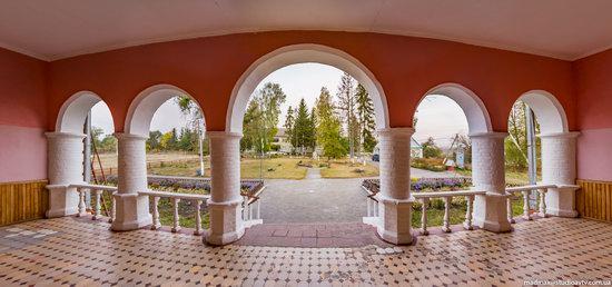 Palace of Kolonn-Chesnovsky in Bozhykivtsi, Ukraine, photo 16