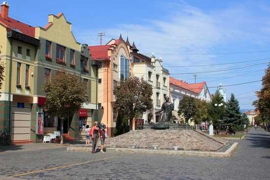Walk through the center of Mukachevo, Ukraine, photo 3