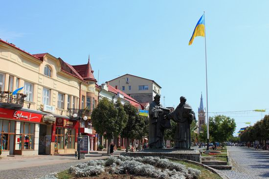 Walk through the center of Mukachevo, Ukraine, photo 7