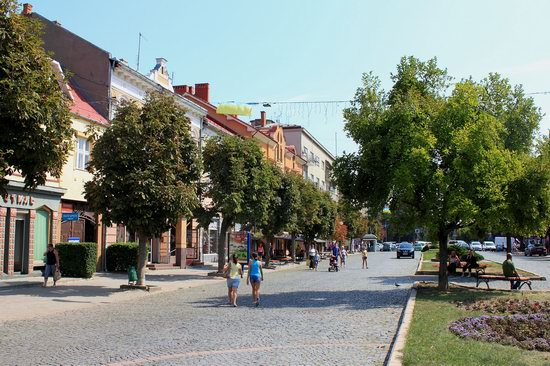 Walk through the center of Mukachevo, Ukraine, photo 8