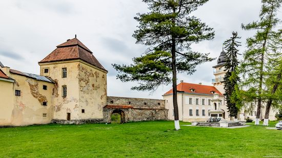 Castle of the Renaissance Era in Zhovkva, Ukraine, photo 17