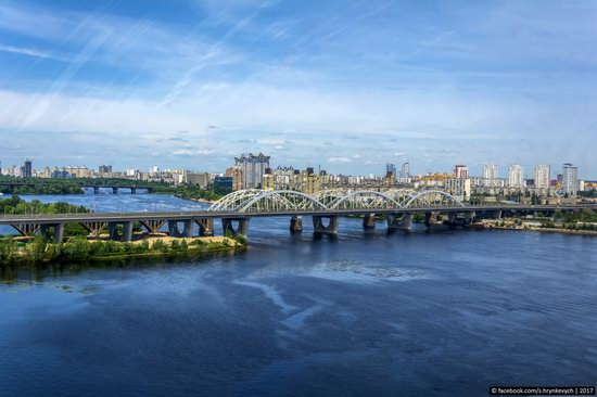 Bridges over the Dnieper River in Kyiv, Ukraine, photo 1