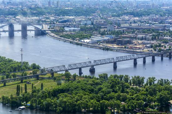 Bridges over the Dnieper River in Kyiv, Ukraine, photo 12